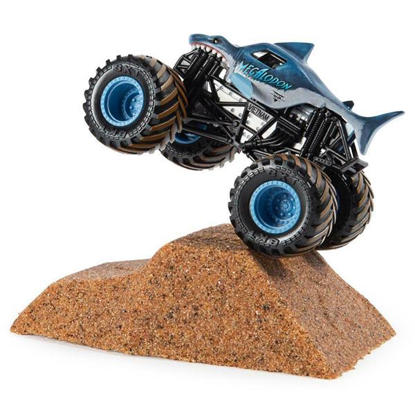 Игровой набор с машинкой Megalodon и кинетическим песком Monster Jam